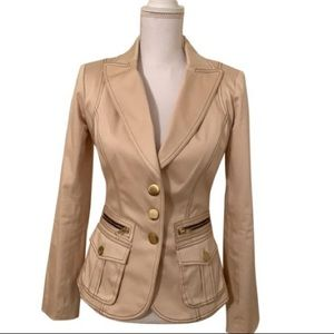 Cache tan fitted lined blazer. Brown stitching